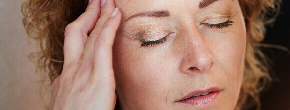 Symptom Headaches - Menopause symptoms - Maryon Stewart